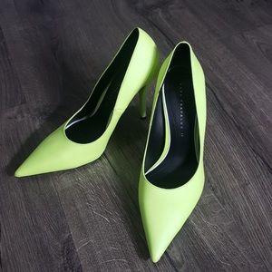 NWOT ZARA TRAFALUC Neon Heels